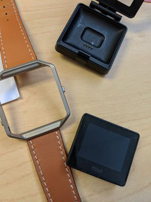 Used Fitbit blaze with additional bands for Sale in Boston, MA