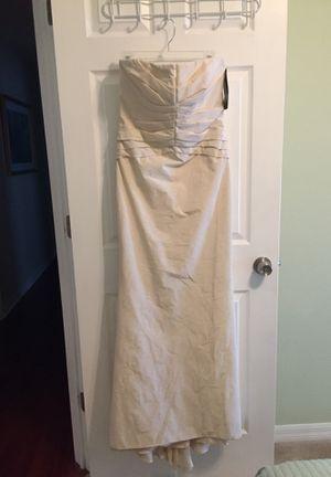 Carmen Marc Valvo wedding dress for Sale in Ruskin, FL