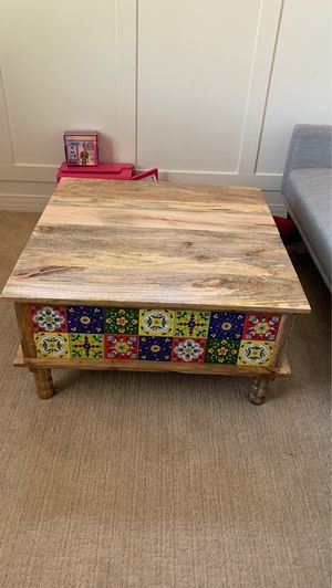 Coffee table with storage. for Sale in Sun City, AZ