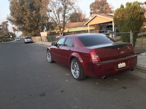 2006 Chrysler 300c for parts for Sale in Porterville, CA
