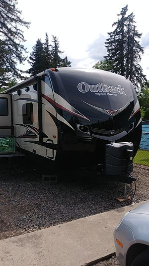 2016 Keystone Outback camper Trailer for Sale in Gresham, OR
