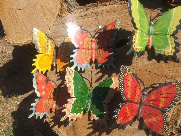 12 Decorative Plastic Butterflies