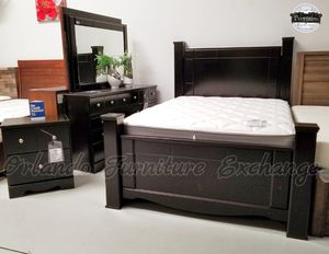 $899 FREE DELIVERY! BRAND NEW QUEEN BED FRAME DRESSER AND MIRROR for Sale in Oviedo, FL