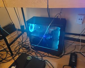 Gaming PC just a little dust on top msg me for specs for Sale in Palatine, IL
