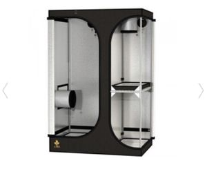 Secret Jardin grow tent 36x24x54 used once only for Sale in Henderson, NV