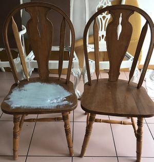 Free chairs for Sale in Miami, FL