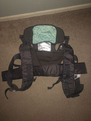 Baby carrier. for Sale in Bloomington, CA