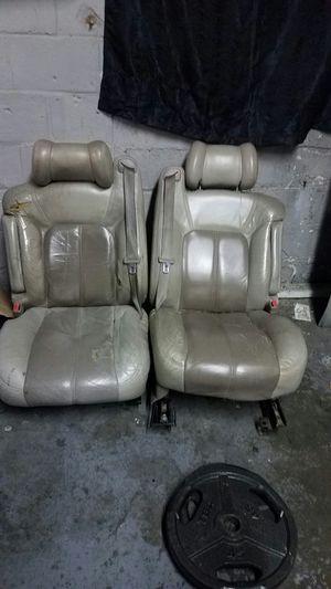 Gmc Denali Seats and console for Sale in Decatur, GA