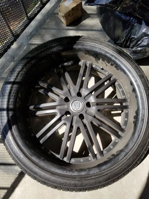 (4) 22inch black versante rims for Sale in Riverside, CA