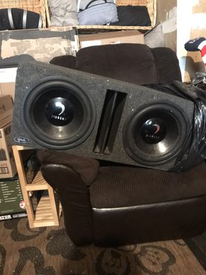 Diamond subwoofers, 2 12in subs in box with amp for Sale in Renton, WA