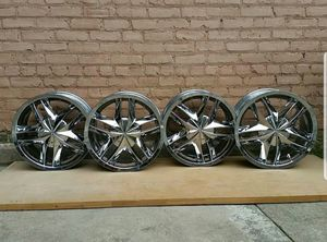 "Chrome rim for Nissan 17"" for Sale in Brooklyn, NY"