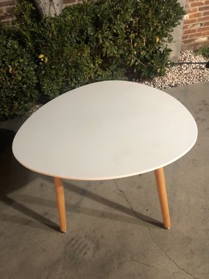 White Kitchen Table for Sale in Alhambra, CA