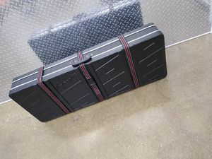 Hard shell carry case. Great for instruments for Sale in Bloomingdale, IL