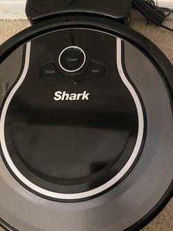 Shark Robot Vacuum for Sale in Henderson,  NV