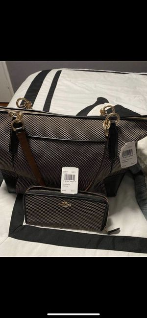 Coach Purse/wallet for Sale in San Jose, CA