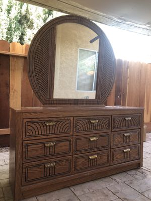 bedroom dresser with a mirror for Sale in Turlock, CA