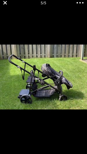 Baby trend double stroller for Sale in Lombard, IL