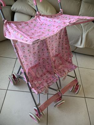 Small double stroller for Sale in North Fort Myers, FL