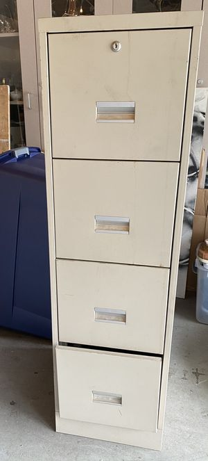 Four Drawer Filing Cabinet NO KEY for Sale in San Dimas, CA
