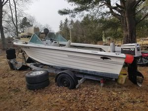 boat and trailer for Sale in Killingly, CT