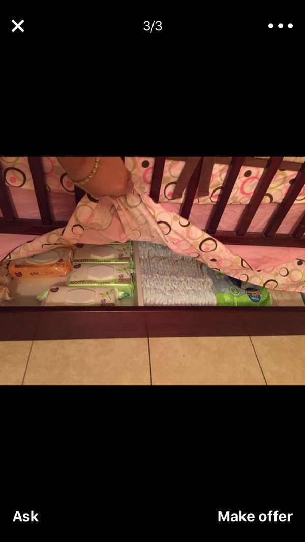 Baby Crib ( READ DESCRIPTION)