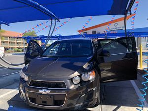 Chevy sonic 2016 for Sale in Tucson, AZ
