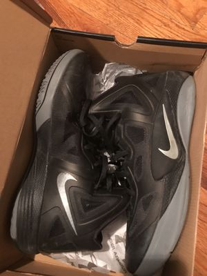 Size 11.5 men's hyperdunk Nike zoom basketball shoes sneakers black for Sale in Bronx, NY