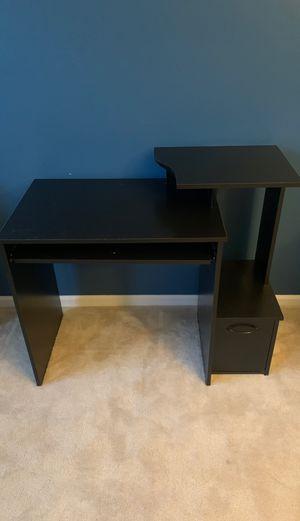 Office desk for Sale in Brunswick, OH