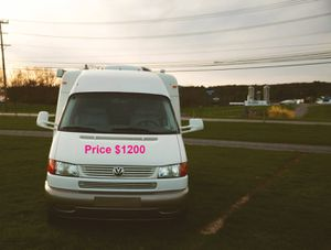 Price$1200 VW Rialta FD 22' Class C 2002 motorhome for Sale in Chicago, IL