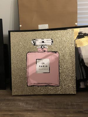 Gold and Pink Room Decor for Sale in Houston, TX