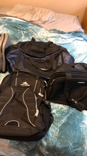 Assorted duffle bags and John Daly golf clubs for Sale in Chicago, IL