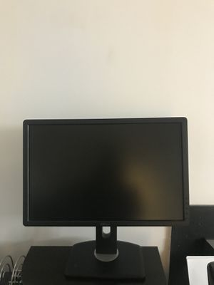 "20"" Dell computer monitor for Sale in Burtonsville, MD"