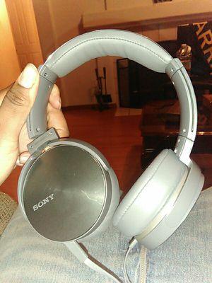 Sony headphones MDR-XB950 for Sale in Elk Grove, CA