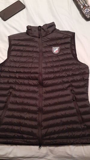 Chakonix Down Feather vest for Sale in Tustin, CA