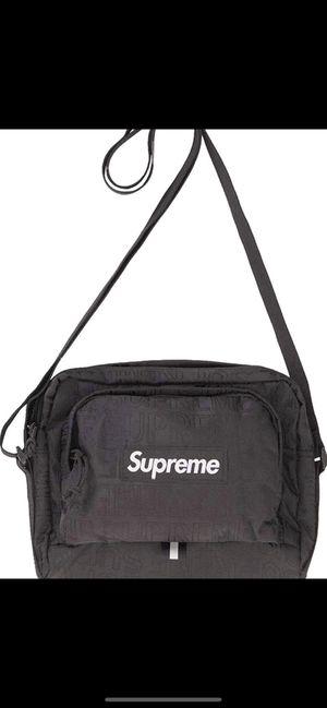 Supreme shoulder bag for Sale in Rancho Santa Fe, CA