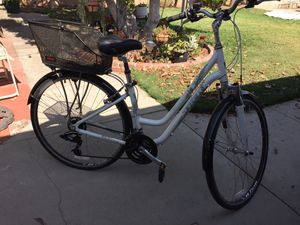 Trek 7100 Hybrid Bicycle for Sale in Covina, CA