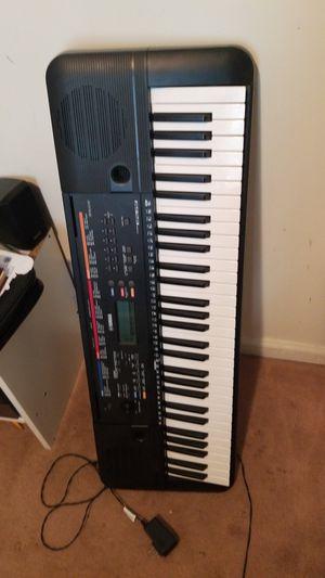 Piano Yamaha 57 teslas no se ha usado. for Sale in Manassas Park, VA