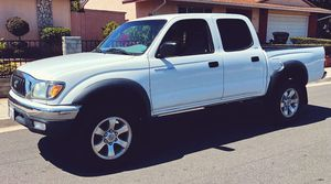 2003 Toyota Tacoma Engine Type: Gas Low price for Sale in Cleveland, OH