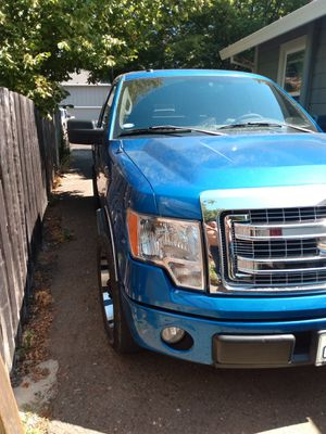 Ford f150 2010 clean title for Sale in Healdsburg, CA