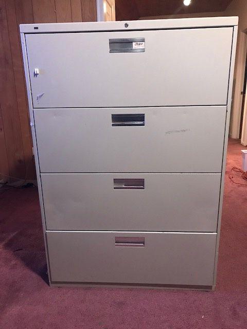 File Cabinet (Large, 4 drawers)
