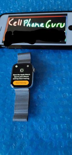 Apple watch series 5 40mm Cellular Milanese UNLOCKED for Sale in Phoenix,  AZ