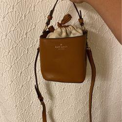 Kate Spade Top Handle/ Crossbody Bag for Sale in Washington,  DC