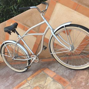 """old beach cruiser size 26"""" for Sale in Marina del Rey, CA"""