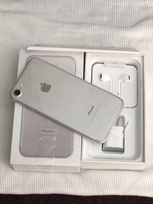 iPhone 7 de 32 gb desbloqueado para cualquier compañía dentro y fuera del país for Sale in Miami, FL