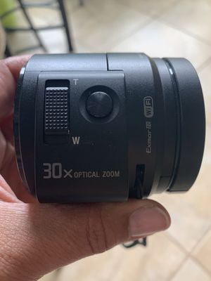 Sony 30X Optical Zoom Lens with case for Sale in MAGNOLIA SQUARE, FL