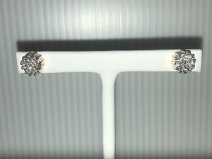 14k Yellow Gold Diamond Cluster Earrings for Sale in Hinsdale, IL