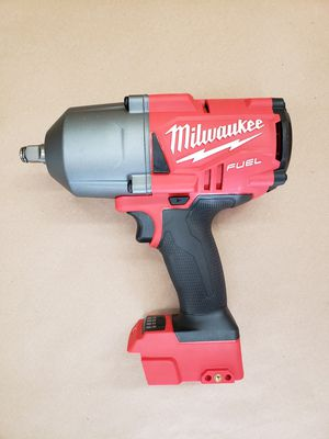 Milwaukee M18 FUEL 1/2 Impact Wrench for Sale in Powdersville, SC