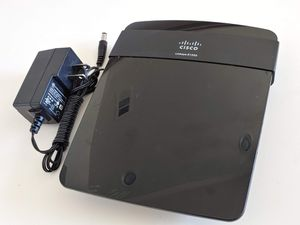 Cisco Linksys E1200 Wireless Wi-Fi Router for Sale in San Diego, CA