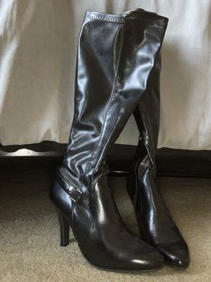 Black heeled boots for Sale in Edwardsville, IL