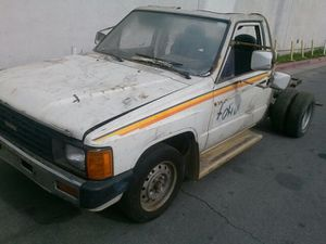 TOYOTA PARTS/DO NOT HAVE TRUCK!!! for Sale in Los Angeles, CA